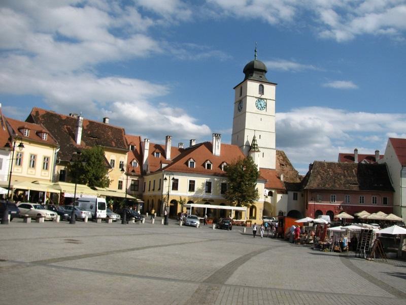 Piata_Mica_din_Sibiu_1