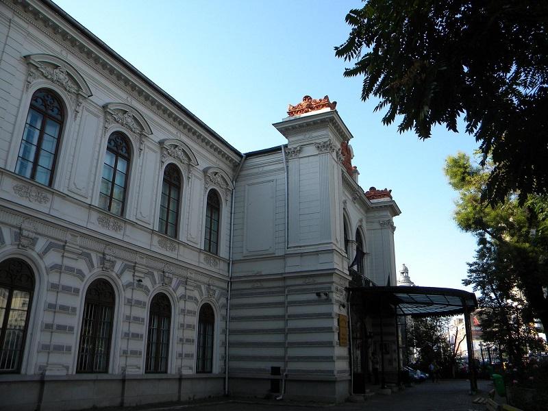 Palatul_Sutu,_azi_Muzeul_Municipiului_Bucuresti_(2)