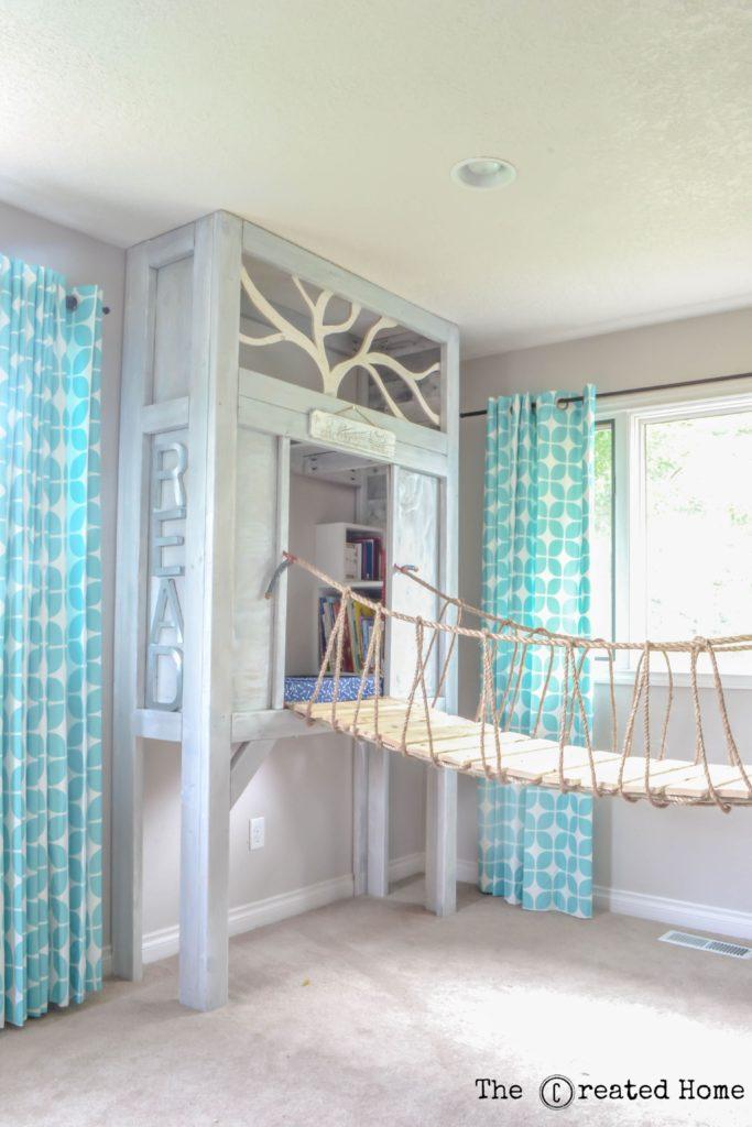 Cabin-Playroom-with-Rope-Bridge-