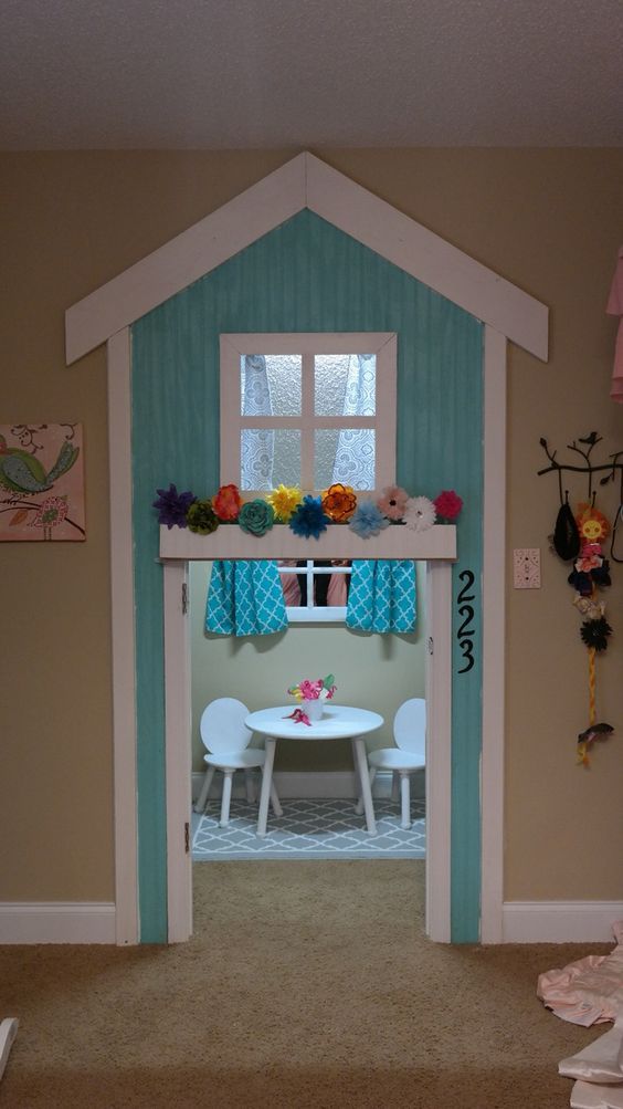 Walk-in-Closet-into-Playhouse