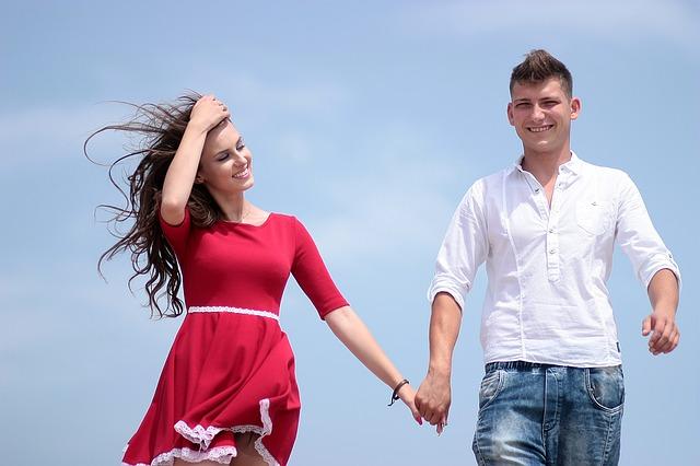 couple-1502619_640