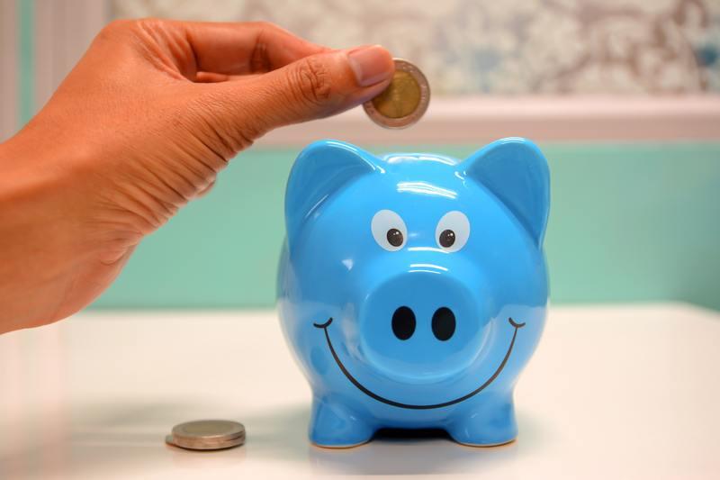 banking-cash-deposit-money-piggy-bank-savings-1556537-pxhere.com