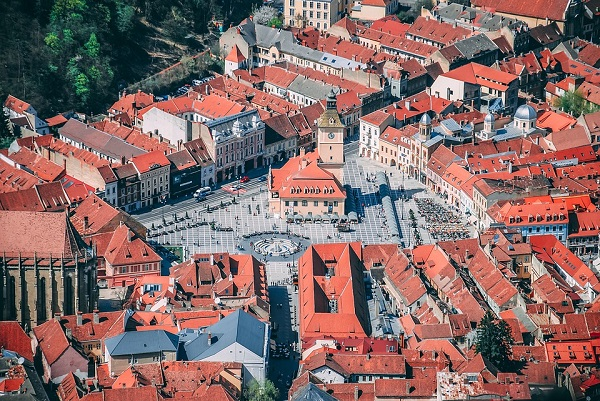 Architecture-City-Transylvania-Brasov-Romania-4011921